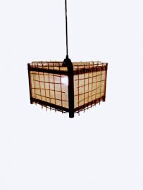 lustre pendente artesanal que combina com todos os ambientes , desde a cozinha ate varanda . um show de luminária